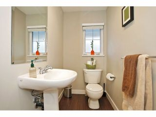 """Photo 6: 11 18199 70 Avenue in Surrey: Cloverdale BC Townhouse for sale in """"AUGUSTA AT PROVINCETON"""" (Cloverdale)  : MLS®# F1326688"""