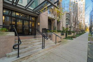 """Photo 19: 204 1295 RICHARDS Street in Vancouver: Downtown VW Condo for sale in """"THE OSCAR"""" (Vancouver West)  : MLS®# R2124812"""