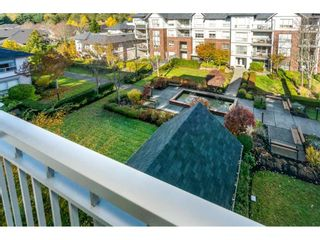 "Photo 20: 401 2167 152 Street in Surrey: Sunnyside Park Surrey Condo for sale in ""Muirfield Gardens"" (South Surrey White Rock)  : MLS®# R2217590"