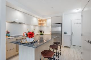 "Photo 14: 205 111 E 3RD Street in North Vancouver: Lower Lonsdale Condo for sale in ""VERSATILE"" : MLS®# R2510116"