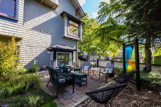 Photo 60: 2604 Roseberry Ave in : Vi Oaklands House for sale (Victoria)  : MLS®# 876646