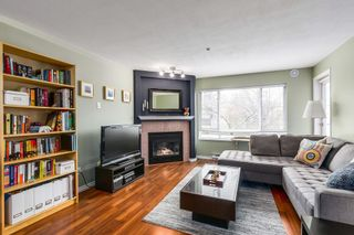 """Photo 3: 209 789 W 16TH Avenue in Vancouver: Fairview VW Condo for sale in """"SIXTEEN WILLOWS"""" (Vancouver West)  : MLS®# R2142582"""