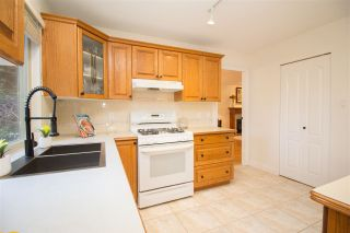Photo 8: 835 STRATHAVEN Drive in North Vancouver: Windsor Park NV House for sale : MLS®# R2551988