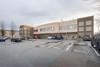 """Photo 19: 402 22722 LOUGHEED Highway in Maple Ridge: East Central Condo for sale in """"MARKS PLACE"""" : MLS®# R2431567"""