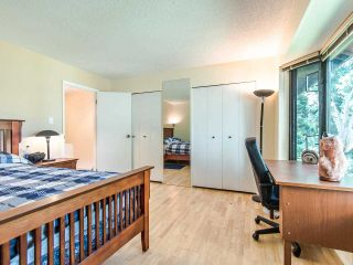 """Photo 12: 4336 GARDEN GROVE Drive in Burnaby: Greentree Village Townhouse for sale in """"GREENTREE VILLAGE"""" (Burnaby South)  : MLS®# R2406422"""