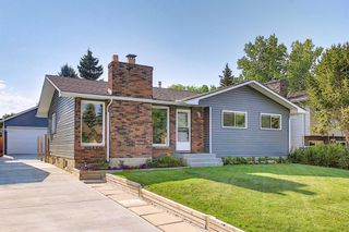 Main Photo: 727 Brookpark Drive SW in Calgary: Braeside Detached for sale : MLS®# A1131977