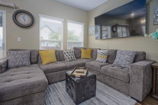 Photo 10: 6575 185 STREET in Surrey: Cloverdale BC House for sale (Cloverdale)  : MLS®# R2453047