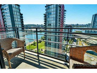"Photo 7: 2005 33 SMITHE Street in Vancouver: Yaletown Condo for sale in ""Coopers Lookout"" (Vancouver West)  : MLS®# V1075004"
