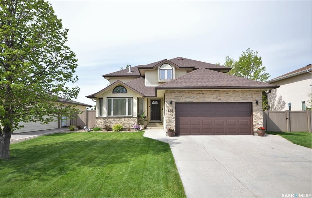 Main Photo: 135 Calypso Drive in Moose Jaw: VLA/Sunningdale Residential for sale : MLS®# SK850031