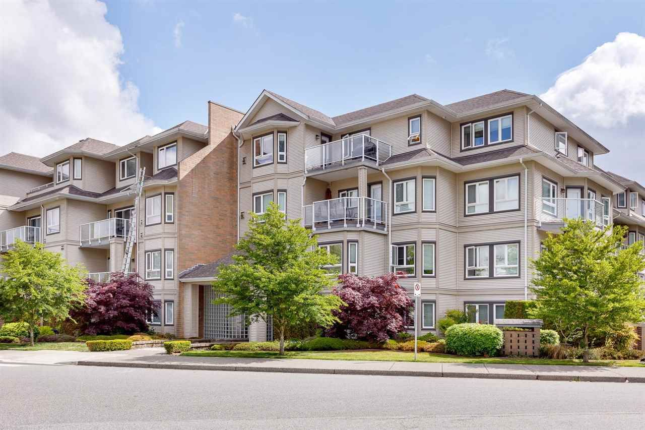"""Main Photo: 107 8142 120A Street in Surrey: Queen Mary Park Surrey Condo for sale in """"Sterling Court"""" : MLS®# R2583529"""
