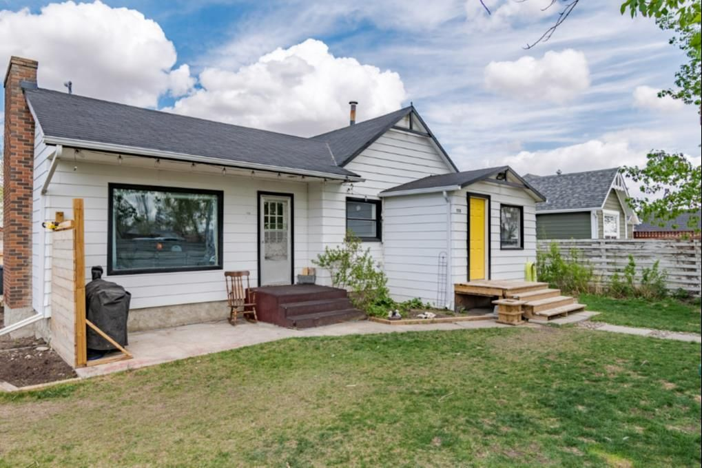 Main Photo: 118 Jamieson Street: Cayley Detached for sale : MLS®# A1099801