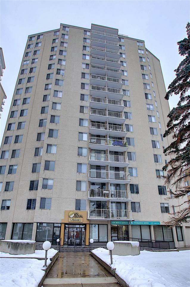 Main Photo: 906 12141 JASPER Avenue in Edmonton: Zone 12 Condo for sale : MLS®# E4220905