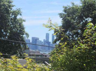 Photo 10: 308 809 W 16TH Street in North Vancouver: Hamilton Condo for sale : MLS®# R2067339