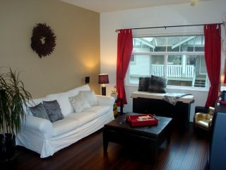Photo 4: 10 2678 King George Hwy in Mirada: Home for sale