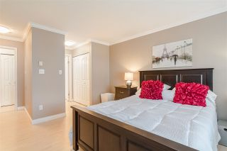 """Photo 13: 9 5662 208 Street in Langley: Langley City Townhouse for sale in """"The Meadows"""" : MLS®# R2436942"""