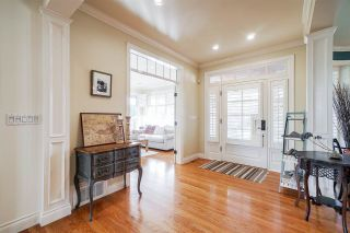 "Photo 2: 3268 HAMPSHIRE Court in Surrey: Morgan Creek House for sale in ""Morgan Creek"" (South Surrey White Rock)  : MLS®# R2551036"