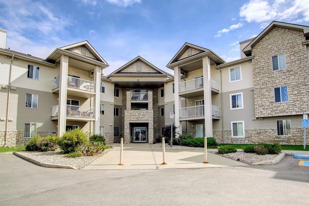 Main Photo: 2109 2600 66 Street NE in Calgary: Pineridge Apartment for sale : MLS®# A1142576
