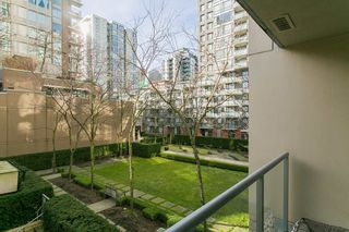 """Photo 7: 307 1001 RICHARDS Street in Vancouver: Downtown VW Condo for sale in """"MIRO"""" (Vancouver West)  : MLS®# R2137309"""
