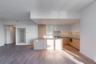 """Photo 2: 1302 8940 UNIVERSITY Crescent in Burnaby: Simon Fraser Univer. Condo for sale in """"Terraces at the Park"""" (Burnaby North)  : MLS®# R2555669"""
