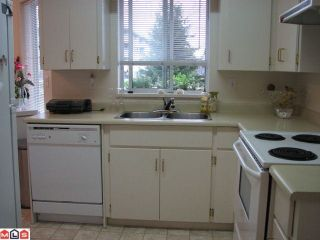 """Photo 3: 205 2780 WARE Street in Abbotsford: Central Abbotsford Condo for sale in """"Chelsea House"""" : MLS®# R2162924"""