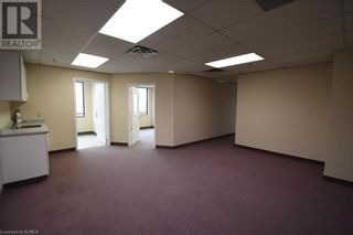 Photo 5: 55 MARY Street Unit# 206 in Lindsay: Other for lease : MLS®# 40100078
