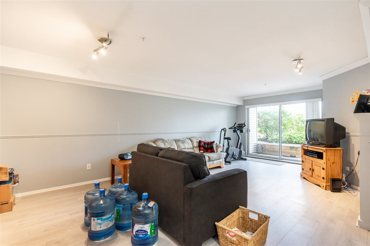 """Photo 4: Photos: 114 2750 FAIRLANE Street in Abbotsford: Central Abbotsford Condo for sale in """"The Fairlane"""" : MLS®# R2543289"""