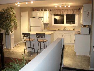 Photo 2: 15 SALISBURY Crescent in WINNIPEG: Fort Garry / Whyte Ridge / St Norbert Residential for sale (South Winnipeg)  : MLS®# 1019491