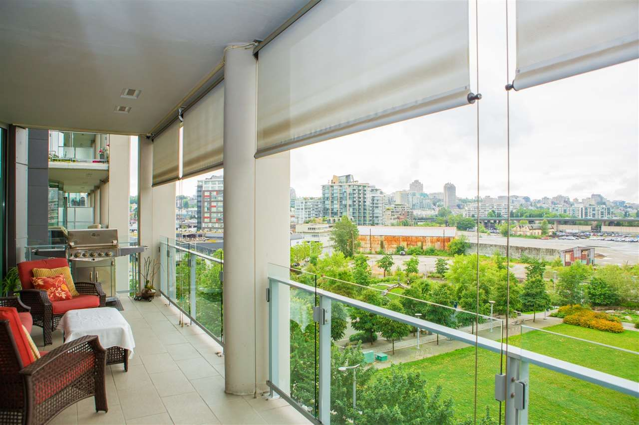 Photo 3: Photos: 606 1616 COLUMBIA STREET in Vancouver: False Creek Condo for sale (Vancouver West)  : MLS®# R2085306