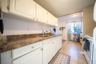 """Photo 10: 47 5307 204 Street in Langley: Langley City Townhouse for sale in """"MCMILLAN PLACE"""" : MLS®# R2560188"""