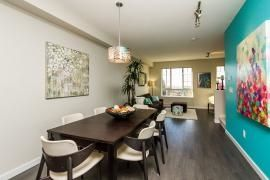 """Photo 2: 44 1338 HAMES Crescent in Coquitlam: Burke Mountain Townhouse for sale in """"FARRINGTON PARK"""" : MLS®# R2048770"""