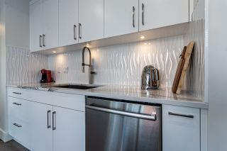 Photo 15: 701 11826 100 Avenue in Edmonton: Zone 12 Condo for sale : MLS®# E4236468