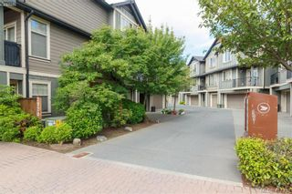 Photo 3: 107 2920 Phipps Rd in VICTORIA: La Langford Proper Row/Townhouse for sale (Langford)  : MLS®# 819568