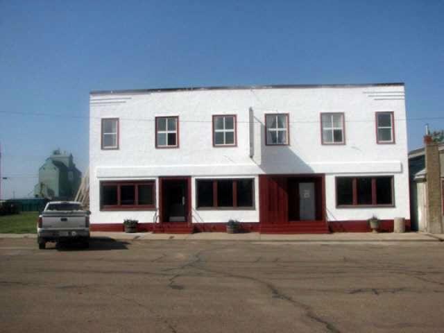 Main Photo: 5028 50 Street: Waskatenau Business with Property for sale : MLS®# E4221918