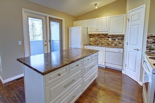 Photo 16: 86 VALLEY RIDGE Heights NW in Calgary: Valley Ridge Row/Townhouse for sale : MLS®# C4222084