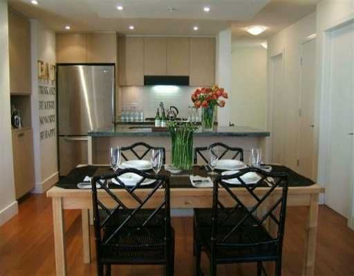 """Main Photo: 1530 W 8TH Ave in Vancouver: Fairview VW Condo for sale in """"PINTURA"""" (Vancouver West)  : MLS®# V636610"""