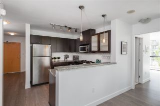 Photo 11: 405 124 W 1ST STREET in North Vancouver: Lower Lonsdale Condo for sale : MLS®# R2458347