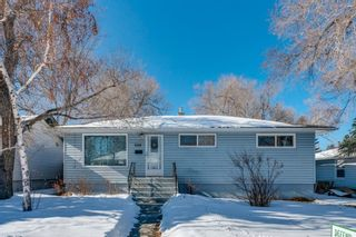 Main Photo: 3419 31 Street SW in Calgary: Rutland Park Detached for sale : MLS®# A1073191