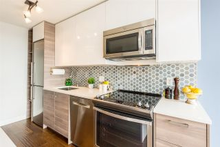 """Photo 4: 1610 550 TAYLOR Street in Vancouver: Downtown VW Condo for sale in """"The Taylor"""" (Vancouver West)  : MLS®# R2251836"""