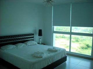 Photo 11: Ocean II 3 Bedroom Beach Condo