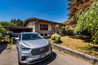 Photo 1: 9455 WINDSOR Street in Chilliwack: Chilliwack E Young-Yale House for sale : MLS®# R2603868