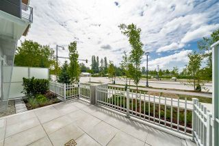 """Photo 4: 4 10581 140 Street in Surrey: Whalley Townhouse for sale in """"HQ Thrive"""" (North Surrey)  : MLS®# R2382138"""