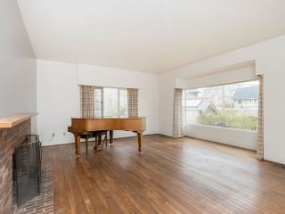 """Photo 13: 4545 W 6TH Avenue in Vancouver: Point Grey House for sale in """"Point Grey"""" (Vancouver West)  : MLS®# R2575660"""
