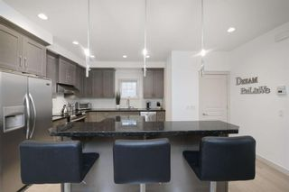 Photo 11: 131 SPRINGBLUFF Boulevard SW in Calgary: Springbank Hill Detached for sale : MLS®# A1066910
