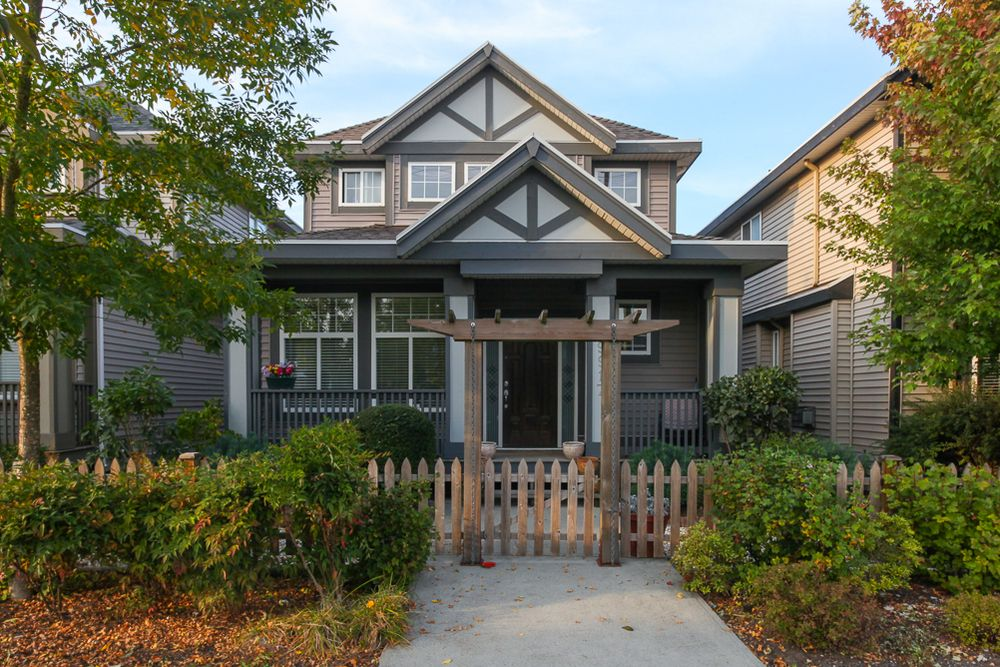 Main Photo:  in Langley: Home for sale : MLS®# R2026851