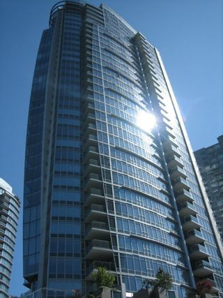 Photo 2: TH26 1281 West Cordova in Callisto of Coal Harbour: Coal Harbour Home for sale ()  : MLS®# V596082