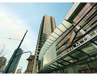 """Photo 1: 1199 SEYMOUR Street in Vancouver: Downtown VW Condo for sale in """"BRAVA"""" (Vancouver West)  : MLS®# V625814"""