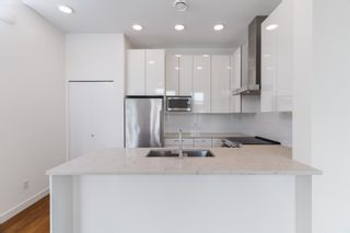 """Photo 5: 5483 LOUGHEED Highway in Burnaby: Parkcrest Townhouse for sale in """"Seasons"""" (Burnaby North)  : MLS®# R2620234"""