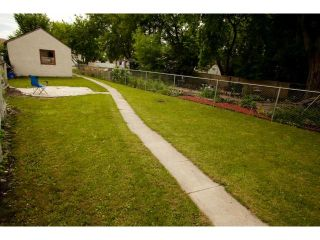 Photo 16: 398 Deschambault Street in WINNIPEG: St Boniface Residential for sale (South East Winnipeg)  : MLS®# 1212078