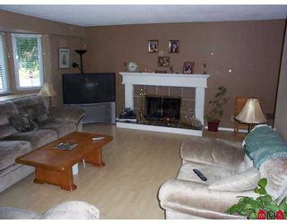 """Photo 4: 13015 LANARK Place in Surrey: Queen Mary Park Surrey House for sale in """"Queen Mary Park"""" : MLS®# F2712268"""