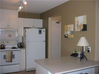"Photo 5: 102 2559 PARKVIEW Lane in Port Coquitlam: Central Pt Coquitlam Condo for sale in ""The Crescent"" : MLS®# V834776"